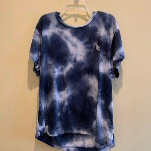 Blue tie dye yin yang tee!